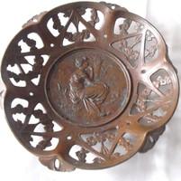 Szecessziós kori bronzírozott ón tál plasztikus jelenettel