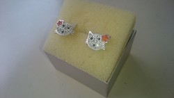 Ezüst cica fülbevaló cirkonkövekkel 925