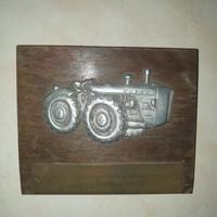 Vörös Csillag Traktorgyár emlék tábla 15×12