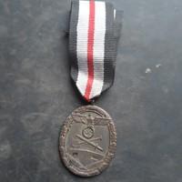 Náci Atlanti fal kitüntetés