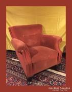 Öblös,szép formájú,kényelmes fotel,szép lábakkal