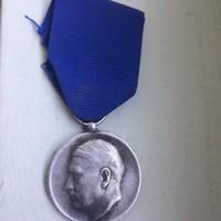Náci Adolf Hitler kitüntetés