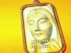 """Akita """" Kelet Fatima"""" Szűz Mária üzenete a világnak töltött Arany GF. Medál 2"""