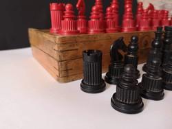 Régi szovjet sakk vörös/fekete :)