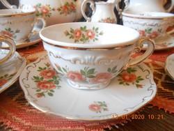 Zsolnay Ritka rózsa mintás, barokk, tollazott teás készlet