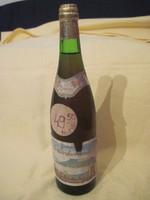 Régi bor Badacsonyi Szürkebarát eredeti üvegben bontatlan
