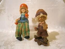 2 db aranyos és ritka Makk Marci figura az egyik polcra ültethető