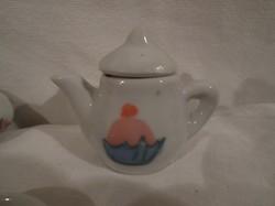 7 db - nagyon pici - régi - porcelán kávéskészlet - hibátlan - kanna 5 x 5 x 2,5 cm - csészealj 3 cm