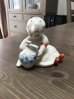 Régi Zsolnay porcelán korsós kislány figura