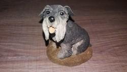Schnauzer kutyus, kb 10cm magas