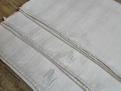 Régi monogramos lenvászon törlőkendő