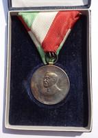 Pincés Puder István, A Budapesti V. ker. Állami Bolyai Reáliskola Hofer Károly ezüst emlékérme