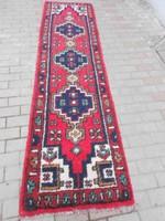Kaukázusi,  vastag gyapjú futó szőnyeg. Szakadás mentes, fotók szerinti állapotban.