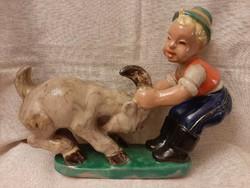 Komlós kerámia: makacs kecske