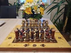 Intarziás sakkészlet  Keresztény-Török seregek  49 x 44 cm