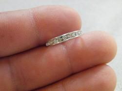 KK494  9 karátos fehér arany gyűrű brill kövekkel 0.25 karát gyémánt