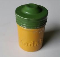 KODAK sárga és zöld tetős alumínium film tartó gumitömitéssel