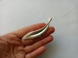 B40 - Fémjelzett 925 ezüst kitűző bross