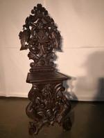 Dúsan faragott,frissen felújított antik sgabello szék!