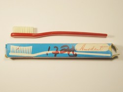 Retro fogkefe saját papír dobozában - Amodent - Mosonmagyaróvári Kefegyártó Vállalat - 1970-es évek