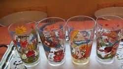 4 db  festett, mesemintás gyermek vizespohár üvegből.--- (együtt.)