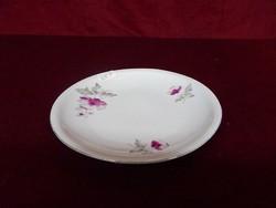 Alföldi porcelán süteményes tányér. Ciklámen színű virággal, 16,5 cm átmérővel.