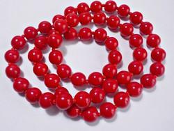Piros üvegből készült nyaklánc