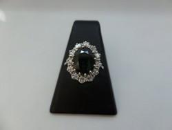 Brilles karmazált arany gyűrű kék zafírral