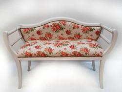 Kis kanapé angol vidéki stílusban