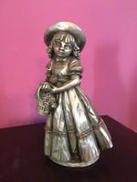 Kislány kosár virággal Ón gyűjtői darab