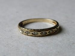 KK537  9 karátos sárga arany gyűrű fémjelzett