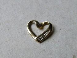 KK541  9 karátos sárga arany szív alakú medál