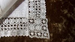 5 db. Batiszt hímzett keszkenő - zsebkendő
