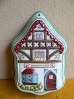 Ház alakú porcelán falidísz