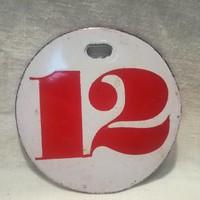 Tűzzománc tábla 12-es számmal