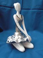 Gyönyörű limitált szériás jelzett balerina hölgy porcelán