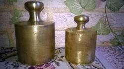 2 darab régebbi , réz mérlegsúly , fellelt állapotban