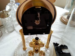 asztali óra üvegburával talppal fém tartón müa. keret