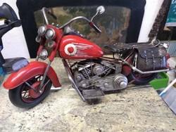 Régi nagy motorkerékpár makett piros