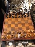 Régi sakk készlet, teljes, fából, ajándéknak kitűnő.