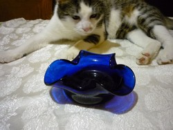 Kobalt kék szakított üveg hamutartó