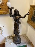 Női bronz lámpa