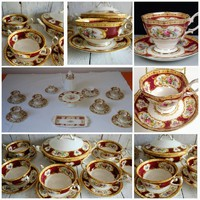 Kuriózum! Royal Albert  étkészlet Lady Hamilton Angol teás/sütis 12 személyes +6 személyes leveses