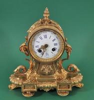 Aranyozott bronz kandalló óra, Lechner József, Pest, 19. sz.