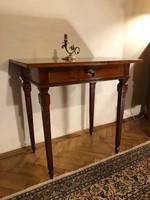 250 éves Copf Asztalka a 18.századból