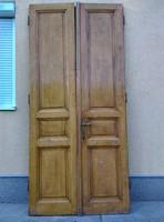 Nagypolgári kétszárnyú fa ajtó