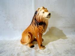 E_005 Nagyon szép porcelán oroszlán 16 cm magas