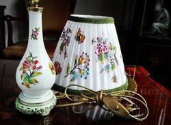 Herendi QueenVictoria mintás porcelán éjjeli lámpa új ernyővel