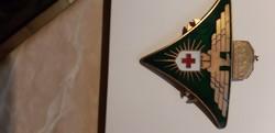 Horthy Második világháborús vöröskeresztes jelvény