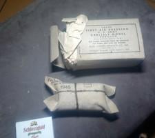 Német és amerikai sebcsomag 1942,1945ből egyben